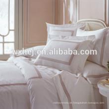 weiße Baumwoll-Bettbezug mit Reißverschluss