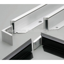 Aluminium extrusion profiles for photovoltaic solar
