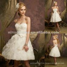NY-2430 Kristall wulstige Spitze auf gekräuseltem Organza-Hochzeitskleid