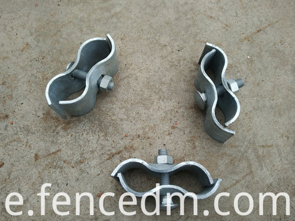 Temporary fence metal clamp