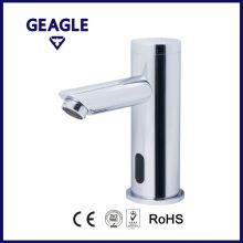 Nouveau robinet de capteur en laiton design à la mode à prix abordable. ZY-8905