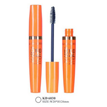 Tube de mascara en plastique orange plump