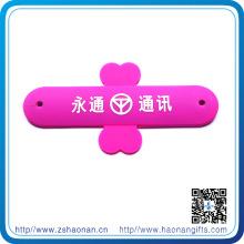 Chine Support de téléphone personnalisé en gros avec propre conception pour promotionnel