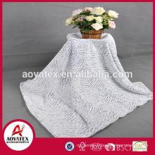 Couverture de fausse fourrure de vente directe d'usine / Made in China 100% polyester fausse fourrure tissu