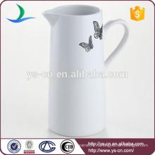 Кувшин молока нового прибытия милый белый керамический с надписями бабочки для сбывания