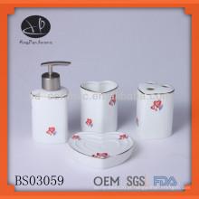 Conjunto de banho de cerâmica em forma de coração