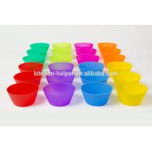 12pcs ou 24pcs A Set Food Grade Colorful Home Baking Outils de bricolage Anti-adhésif résistant à la chaleur Flexible Soft Silicone Mini Muffin Cups