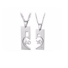 Schöne Schmuck hochwertige weiße Farbe 2 Teil passende Herz Edelstahl Halskette für Paare