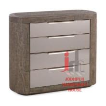 Armoire en bois avec tiroirs