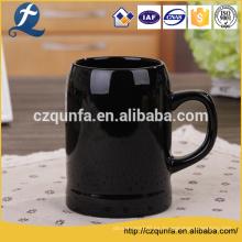Taza de gres de cerámica personalizada de leche negra con manija de precio de fábrica