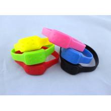 Bracelets anti-moustiques Silicone Repellent personnalisés de Chine