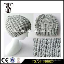 Niedrige Preis benutzerdefinierte Patch Winter Beanies Hut gestrickt Frauen Qualität Winter Hut