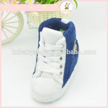 Nouveaux bottes chaudes épaisses d'hiver de 2015 pour bébés