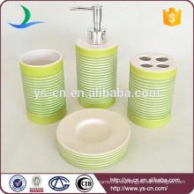 Accesorios de cerámica del estilo chino verde 4pcs para el cuarto de baño