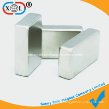 Block Permanent Magnet with Smooth Chamfering Edge