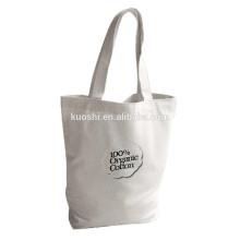 A compra orgânica do algodão de chita do Bsci leva sacos