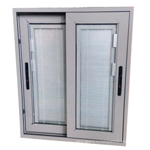 Специальное вертикальное жалюзийное окно с ручным управлением