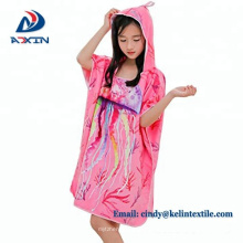 2018 China 100% Baumwolle Velour Reaktivdruck mit Kapuze Poncho Handtuch