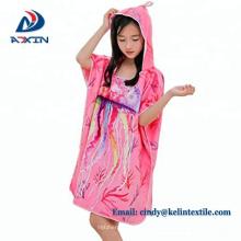 2018 china 100% algodón terciopelo reactivo de impresión con capucha poncho toalla