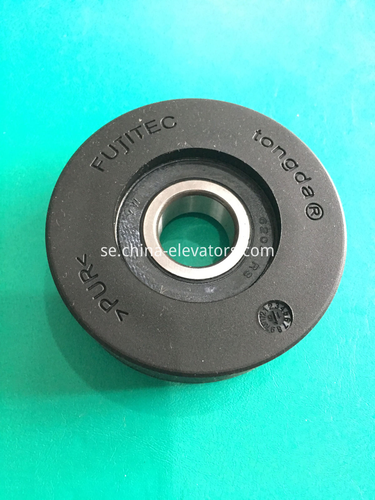 Fujitec Escalator Step Roller 75X23.5X6204