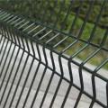 Cerca de malla de alambre soldada con autógena galvanizada de alta calidad 4x6