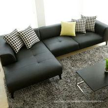 Sofá de couro simples e moderna sala de estar