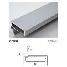 Perfil de alumínio para armário de cozinha com alça de puxar