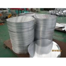 disco / círculo de aluminio con olla arrocera electrónica, sartenes y olla de alta presión