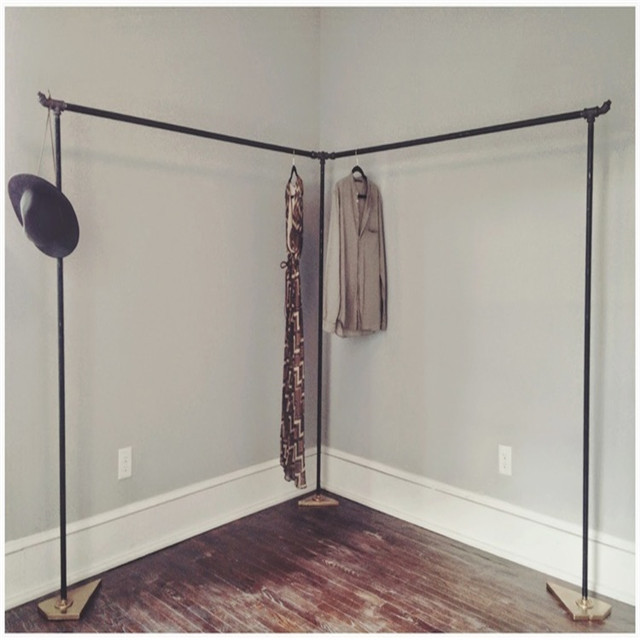 Cast-Iron-Pipe-Clothing-Rack