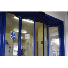 Porta automática Doorframe azul com motor sem manutenção