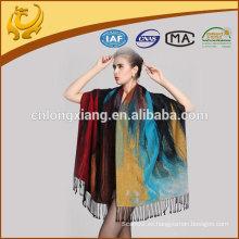 Grande Siez Nuevo diseño de seda de pintura cepillado mantón
