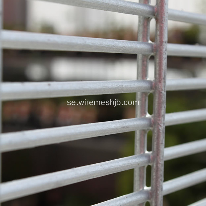 Extra Wire Type 358 High Security Mesh Fence