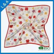 Flores de cetim de seda real nos pequenos cachecos quadrados, lenço de Stewardess