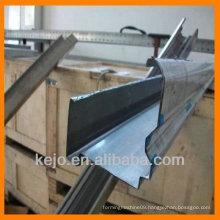 Horizontal sliding garage doors rolling up roll forming machine