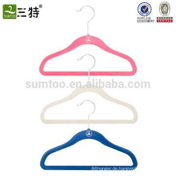 Kleiderbügel für Kinder aus Samt
