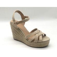 Zapatos de cuña de hebilla casual de moda para mujer