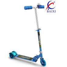 Vespa de 3 ruedas para niños con luz LED (BX-3208)