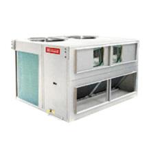 Unidade de ar condicionado de refrigeração no terraço