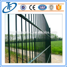 Low Price PVC Coated Steel Fence Panel (China Manufacturer)