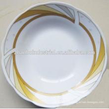Plaque de soupe pleine céramique avec beau design floral