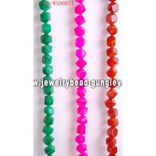Gemstone fashion jewelry with dyed color