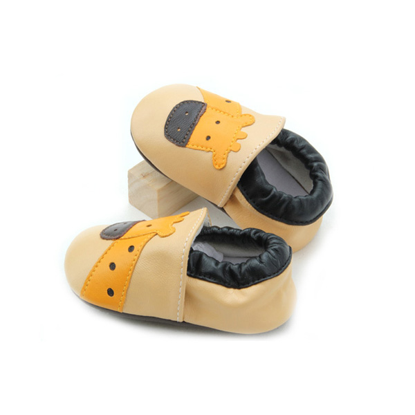 Wholesale Giraffe Pattern Soft Smooth Leather Baby Infant Shoes