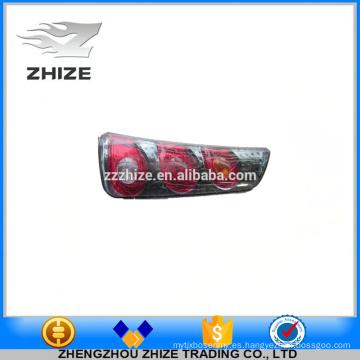Lámpara de bus de piezas de autobús de alta calidad 4133-00021 Montaje de lámpara de cola trasera derecha. para Yutong