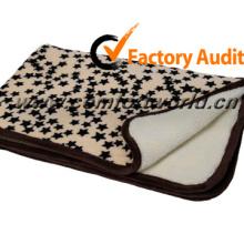 Popular Design Leopard Pet Blanket