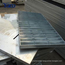 Q235 material 225 325 Hot dip galvanized metal floor grating mesh and car wash drain grating
