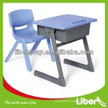 Table d'étude et ensemble de chaises LE.ZY.169