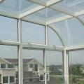 Casa verde de alumínio da janela do telhado