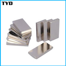 Ni-Cu-Ni-Beschichtung N38 Starker NdFeB-Block-Magnet