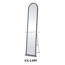 Современное декоративное зеркало, металлическое каркасное зеркало на стене