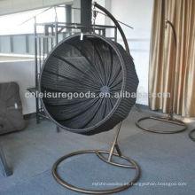 Silla de colgar cesta de mimbre al aire libre